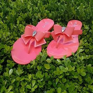 📣 FLASH SALE 🌠 🆕 Coral Rhinestone 🎀 Flip Flops